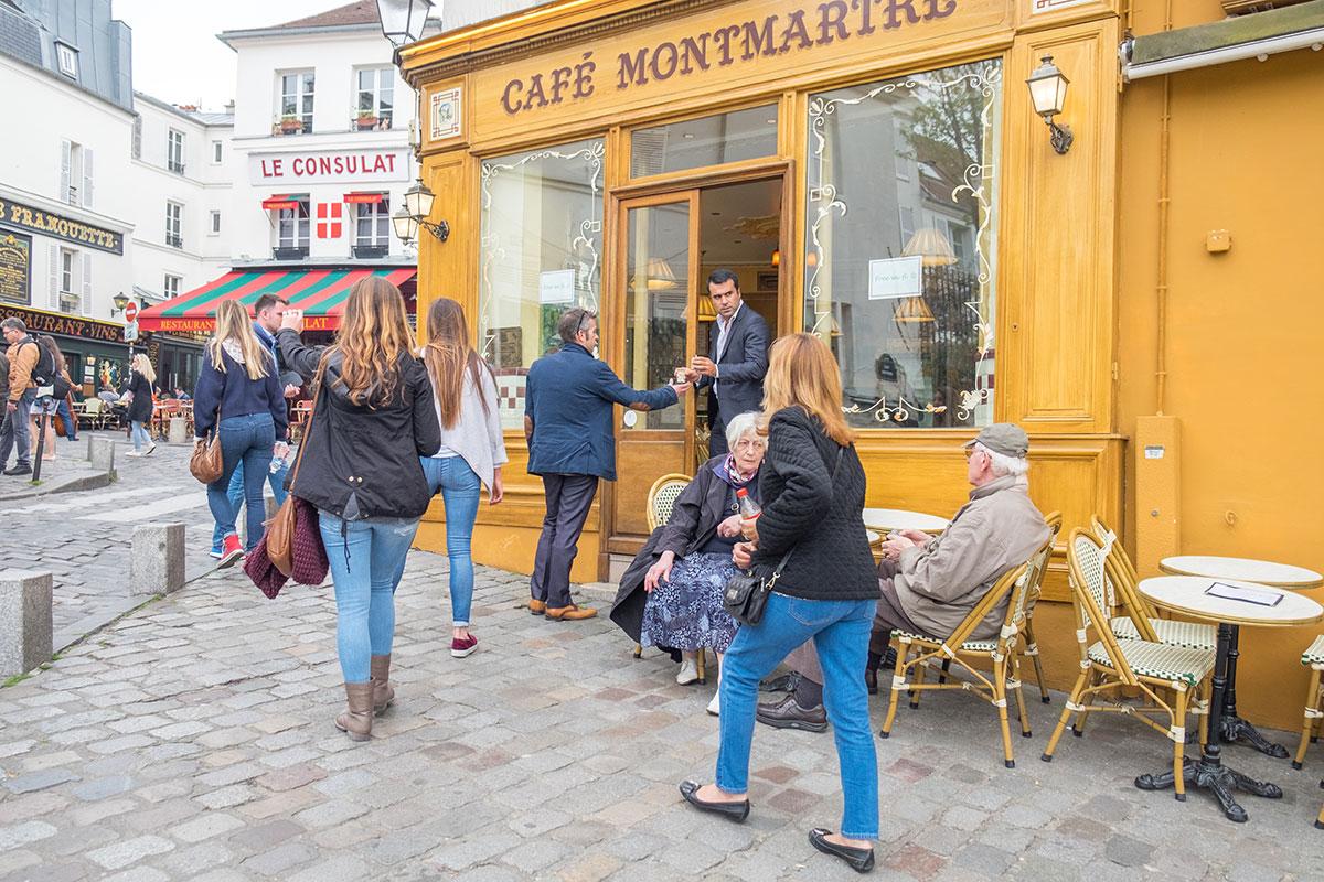 14.-Montmarte-Place-du-Tertre