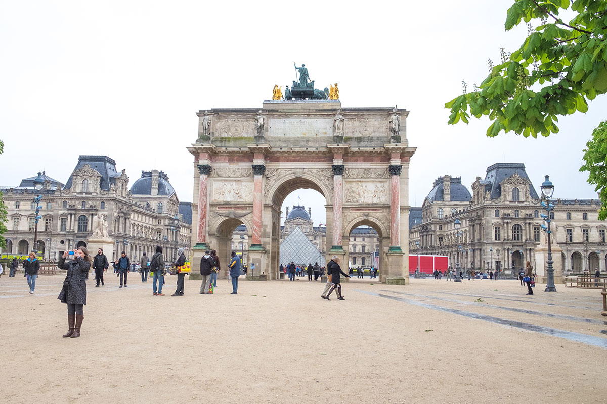21.Louvre